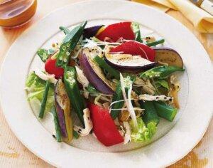 夏の味わい オクラと香味野菜のサラダ