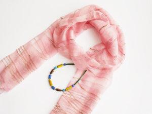 スカーフ&とんぼ玉ネックレス